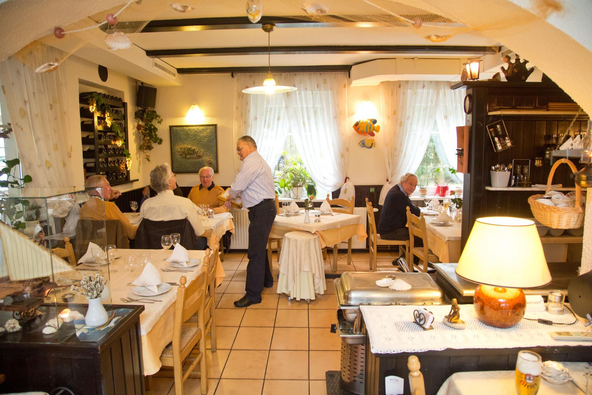 restaurant konoba kroatisches urlaubsflair mitten in klagenfurt klagenfurt am w rthersee. Black Bedroom Furniture Sets. Home Design Ideas