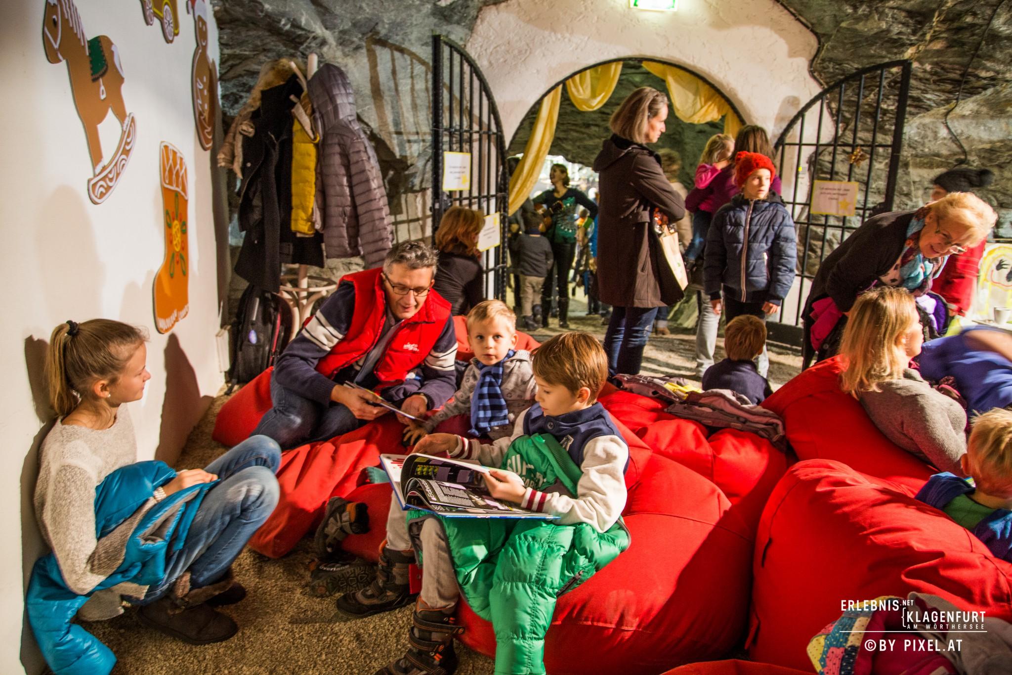 Advent feiern im Weihnachtsstollen desBergbaumuseums. Fotos: pixelpoint