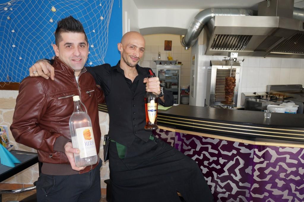 Kitsikidis Nikolaos und Athanasios Betas, Geschäftsführer Taverna Zorbas. Foto: KM