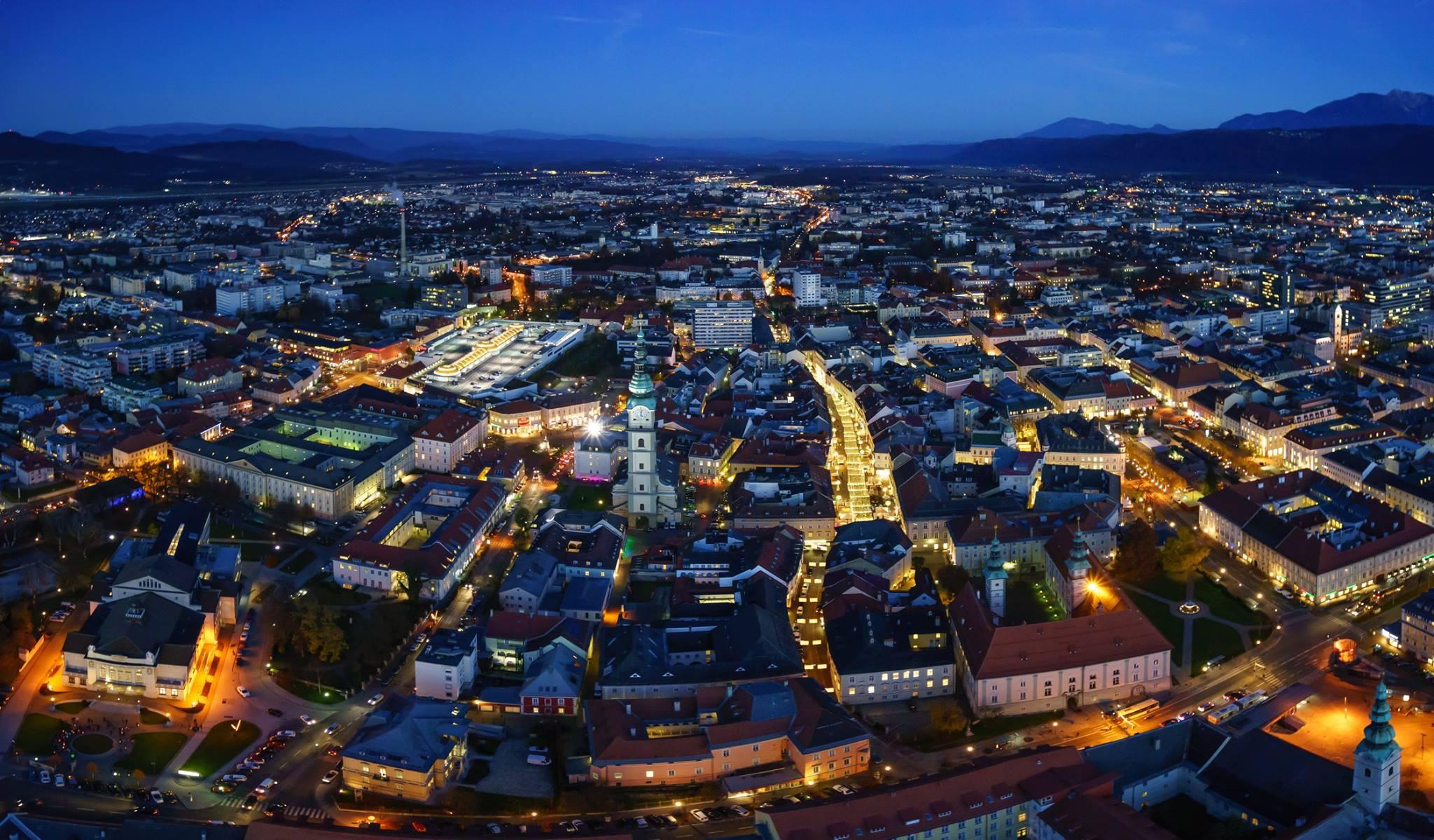 Klagenfurt bei Nacht. Foto: Gert Steinthaler