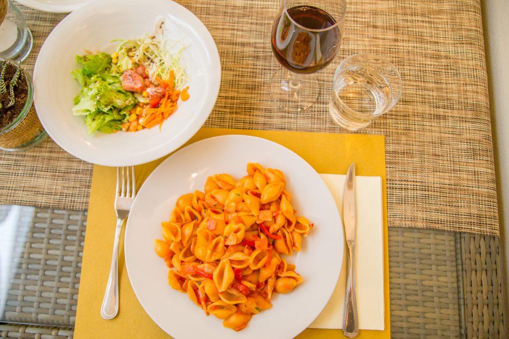 Essen im Rossi's Klagenfurt, Foto: pixelpoint/ Handler
