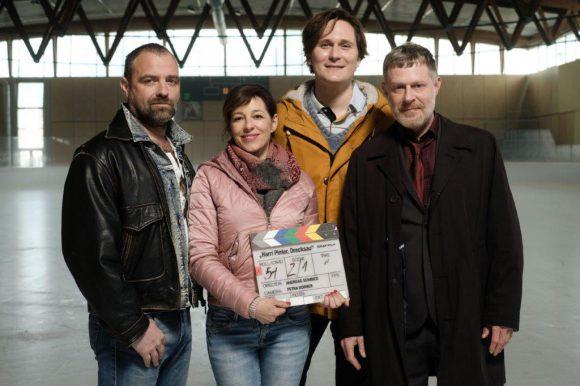 Foto zeigt Juergen Maurer; Julia Cencig; Hosea Ratschiller; Andreas Lust bei den Dreharbeiten. Fotoc:ORF/Graf Film/Petro Domenigg