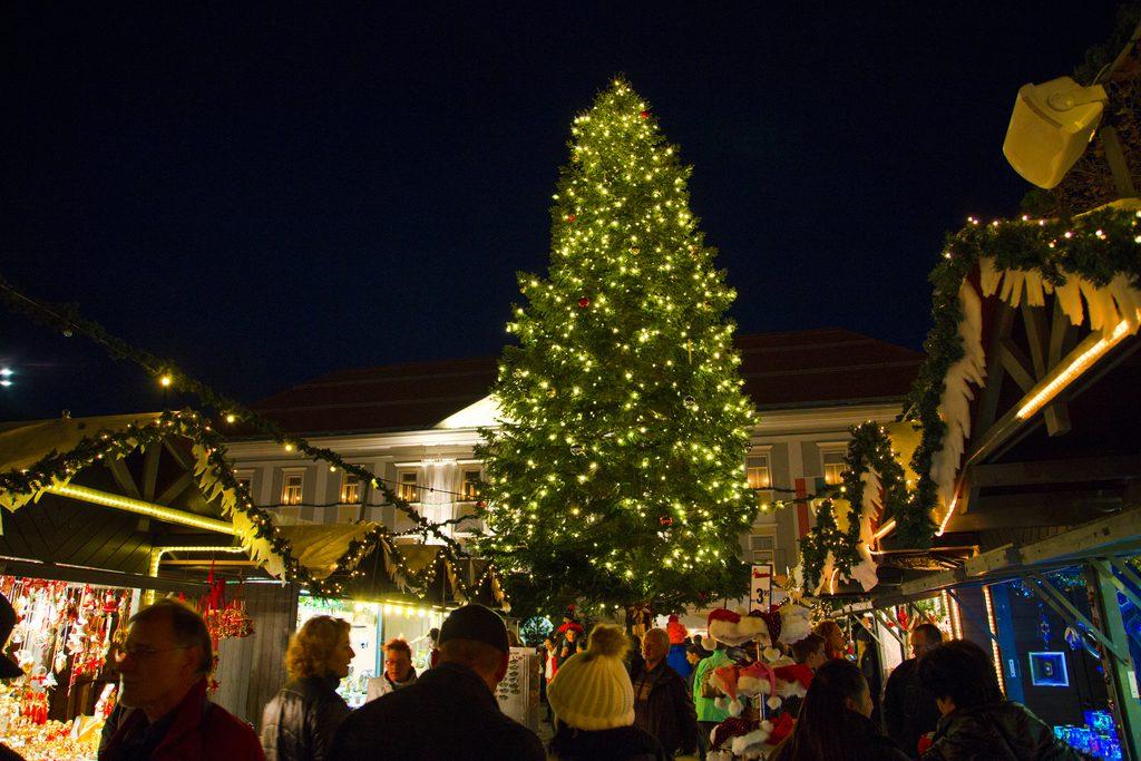Christkindlmarkt Neuer Platz Klagenfurt, Foto: pixelpoint/Handler