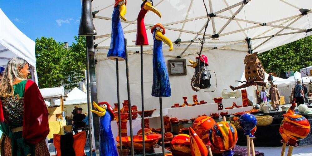 Kreativer Markt rund um den Lindwurm