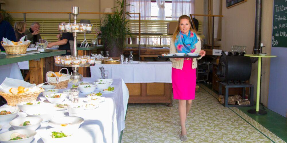 Die Köchelei: POP UP-Küche und Kräuterwanderungen