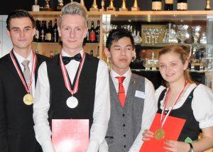 Lukas Mosmüller, Matthias Achatz und Monika Pöllabauer wissen wie man Gäste perfekt betreut.