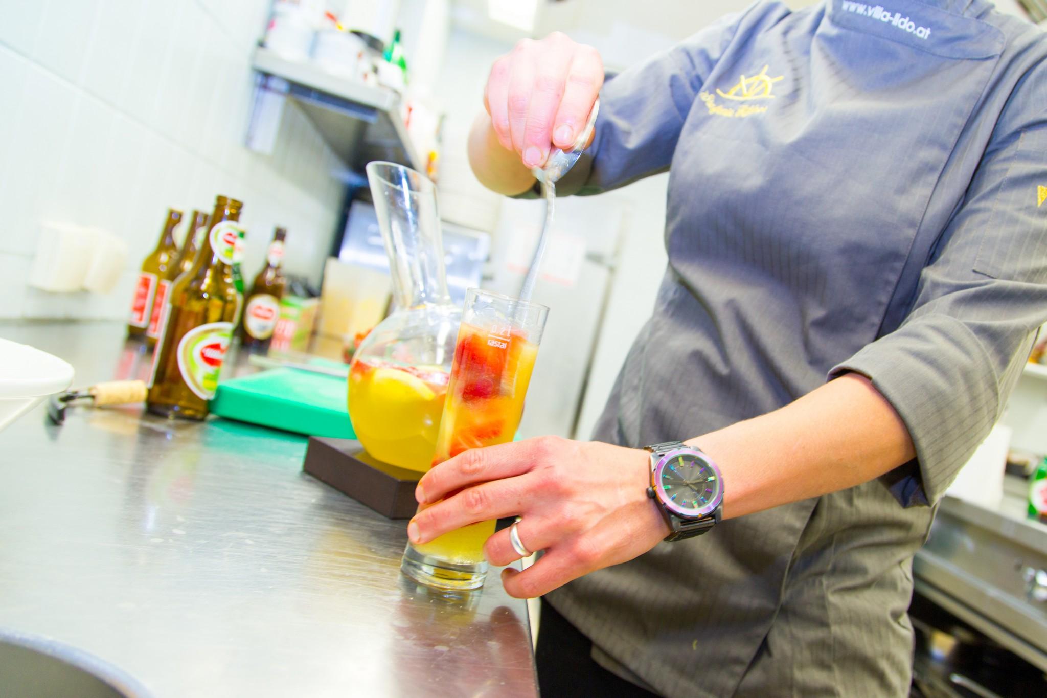 Kochen mit Steffi: Villacher Radler Bowle im Lido. Foto: pixelpoint