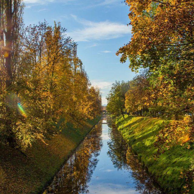 An der Lend in Klagenfurt herbst autumn instagood nature instamoodhellip