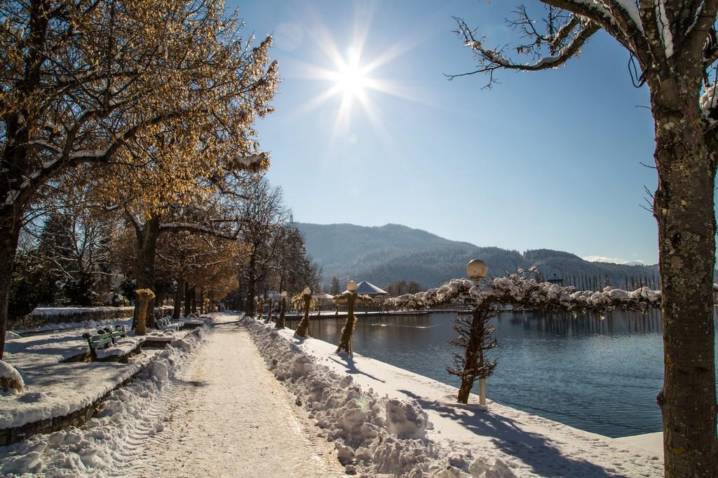 Winter an der Pörtschacher Promenade, Foto: pixelpoint/Handler