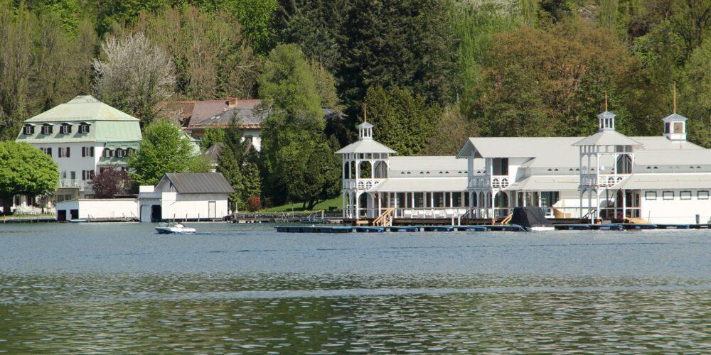 Neu am See: Das Badehaus
