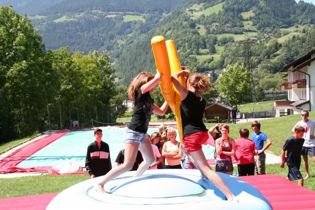 Gladiatorspiele in wunderschöner Kulisse in den Kärntner Bergen.