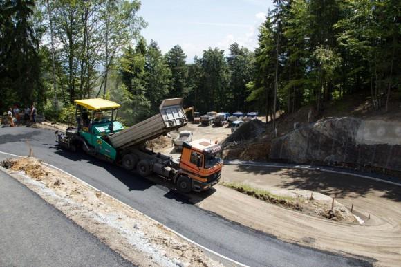 Auch die Zufahrtsstraße wird neu errichtet.