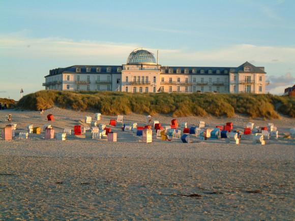 Strandhotel Kurhaus Juist Strandansicht