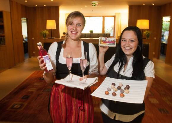 Die Daberer Dickkopf-Pralinen (Lavendelsirup) sind ab dem Beginn der Wintersaison, am 19. Dezember 2014, das köstlich-süße Willkommensgeschenk, das die Daberer-Hotelgäste bei der Anreise begrüßt
