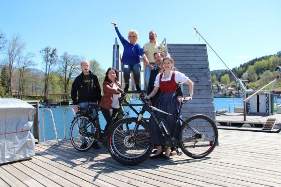 Neue E-Bike Angebote mit den E-Bike Verleih-Stationen (Mountainbike Station Graf, Hotel Royal X und Hotel Edlingerwirt) sowie den MTG Vertretern TMaria Wilhelm und Tanja Jamnig. Nicht im Bild aber ebenso als Verleihstation ist die Charly's Seelounge.
