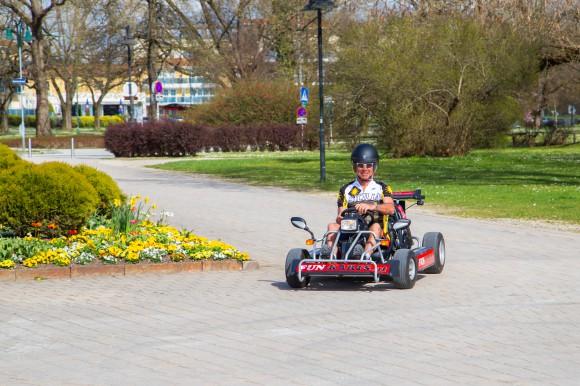 Unterwegs mit den Fun-Karts. Foto: pixelpoint