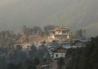 Den perfekten Ausgangsort für diese Reise ins Glück finden sie in der Gangtey Goenpa Lodge