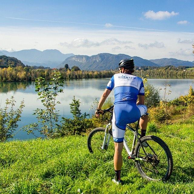 Biking  River Drau in carinthia austria Foto entstand beihellip