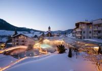 Posthotel Achenkirch Außenansicht Winter Foto: Maxum/ Wiesenhofer Reiter's Posthotel Achenkirch/ Tirol