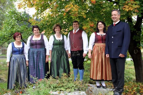 Reichenfelser Tracht präsentiert von der Trachtengruppe Reichenfels. Foto: Josef Emhofer