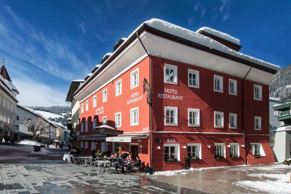 3530-schlosshotels-herrenhaeuser-hotel-grauer-baer-innichen-www-orsohotel-it