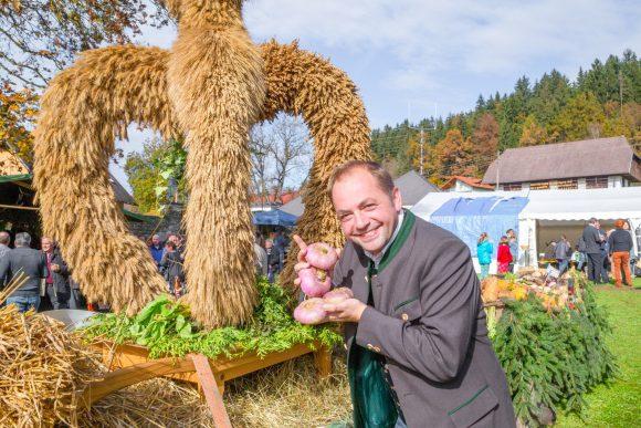 Beim Rübenfest in Keutschach. Tourismuschef Stefan Meisterle freut sich auf eine Neuauflage. Foto: pixelpoint