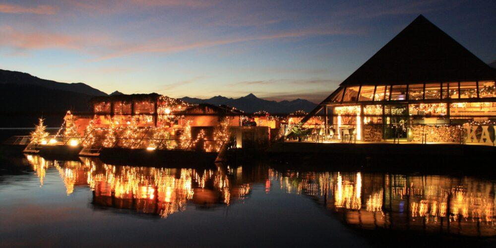 Schwimmender und swingender Weihnachtszauber am Millstätter See