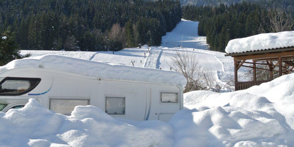 Wintercamping: Mitten im Schnee daheim