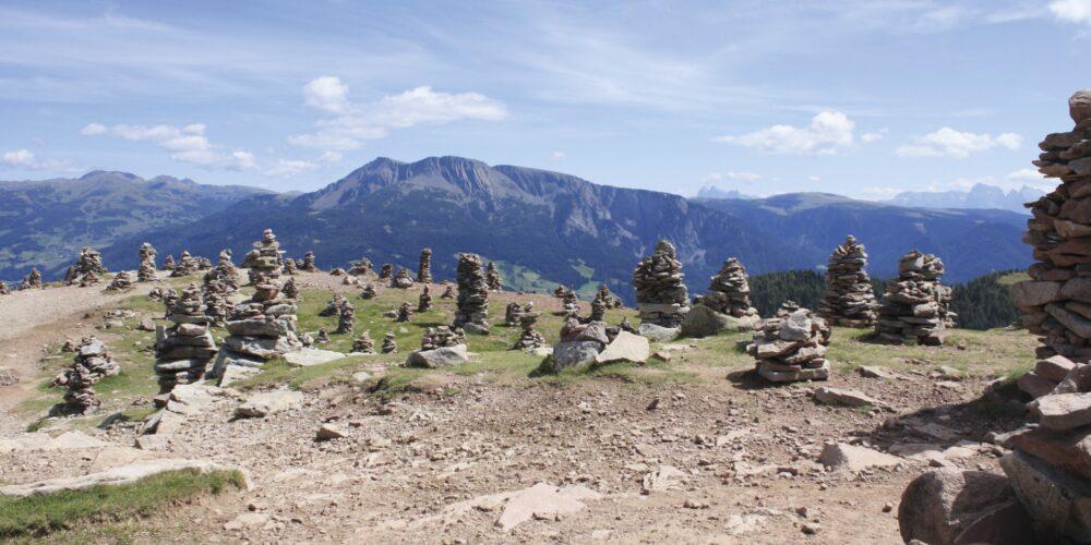 "Südtirols Stonehenge: Erlebnis ""Stoanernen Mandln"" im Sarntal"