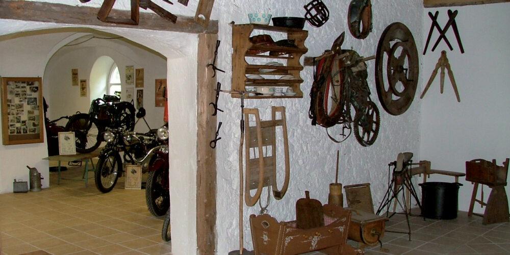 Oldtimer- und Bauernkram-Museum