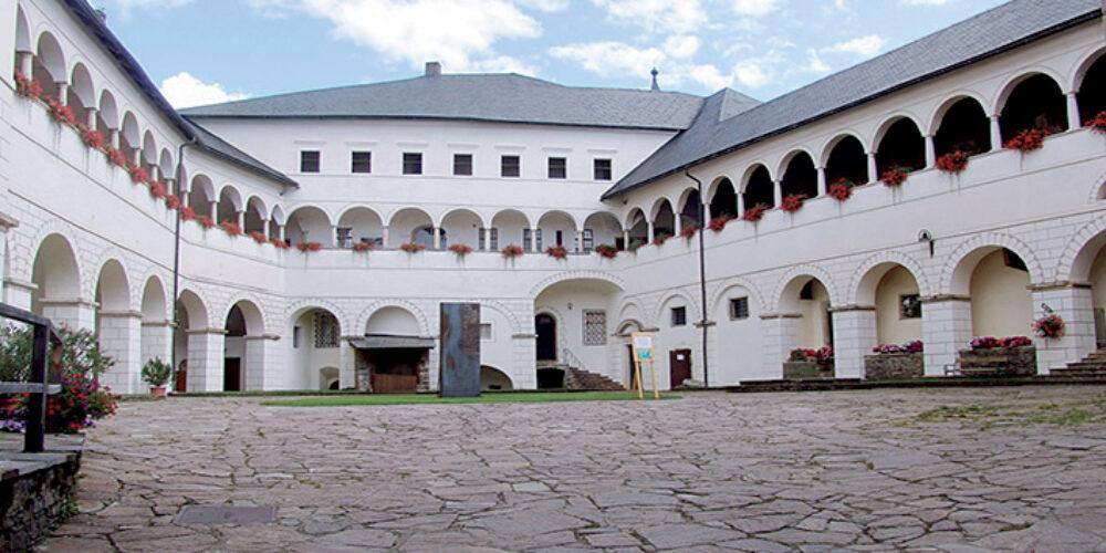 Museen auf Schloss Strassburg in Kärnten