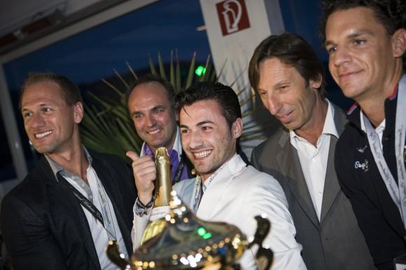 """""""Sieger"""" von rechts: Mario Hofferer (Veranstalter), Alexander Radlowskyj (Präsident ÖBU), Giannis Zachopoulus (Sieger), Eric Bouton (Monin)"""