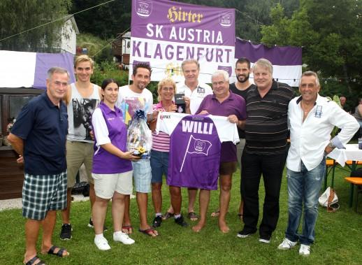 Willi feiert. Foto: Josef Kuess/SK Austria Klagenfurt