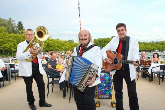 Kaiser Trio auf der MS Klagenfurt.