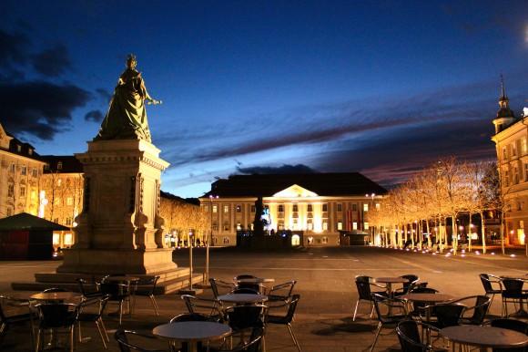 Die Urlauber in Klagenfurt bekommen jetzt wieder ein vollständiges Denkmal zu sehen.
