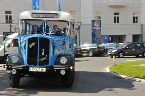 Legenden der Mobilität zu Wasser und zu Lande bringen einen kleinen Hauch von Abenteuer und Geschichte nach Klagenfurt.