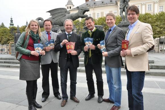 Marktdirektor Gerhard Winkler, StR Herbert Taschek, Vzbgm. Albert Gunzer, Mag. Anita Telijan (Klagenfurt Marketing), Bgm. Christian Scheider, Mag. Klaus Schenn (Klagenfurt Tourismus).