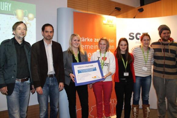 Die Gewinner beim ersten Startup Weekend Klagenfurt machen's möglich. LinkTrip ist die Lösung für Leute, die mit geringstem Budget schnell und einfach von A nach B kommen wollen, ohne Stunden lang im Internet zu recherchieren.