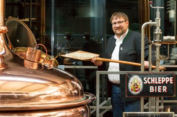Speziell für das Osterfest hat Klagenfurts Braumeister Friedl Koren das Schleppe Fastenbier eingebraut. Davon sind noch die letzten Flaschen verfügbar.
