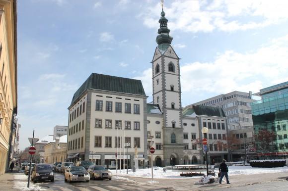 Eine Messe für Verliebte am Domplatz in Klagenfurt.