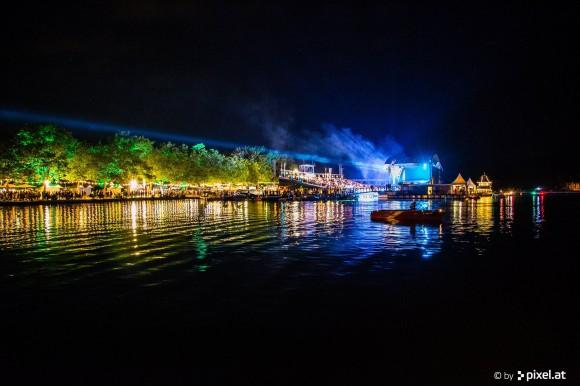 Hervorragend war die Stimmung auch bei den tausenden Besuchern beim Public Viewing und auf der Seebühne. Foto: pixel.at