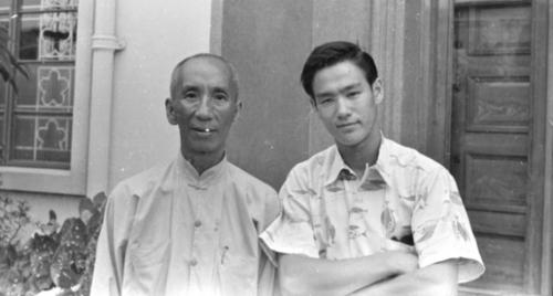 Yip Man und Bruce Lee.