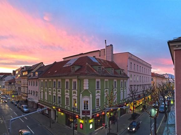 Die Klagenfurter Innenstadt zur Vorweihnachtszeit. Foto: pixelpoint