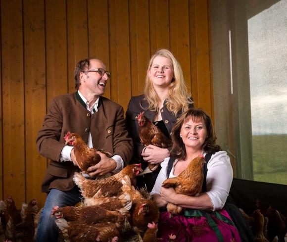 Ihre HofgreißlerEi in Klagenfurt starten Barbara, Anna und Christian Wakonig am Samstag, 17. Jänner. Ihre Hühner für Frischeier und selbstgemachte Eiernudeln stehen schon in den Startlöchern.