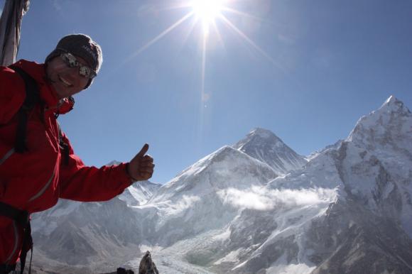 Erlebnis Mount Everest Marathon. Der höchstgelegene Marathon der Welt in 5.400m Höhe im Everest Base Camp.