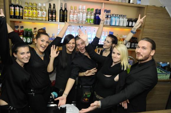 Das Le Passage Team freut sich auf eine großartige Partynacht. Foto: Le Passage/Jürgen Felber