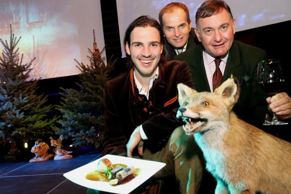 Stefan Sternad (Vize-Präsident BÖG), Mag. Othmar Resch (Direktor Casino Velden), Dr. Ferdinand Gorton (Landesjägermeister)