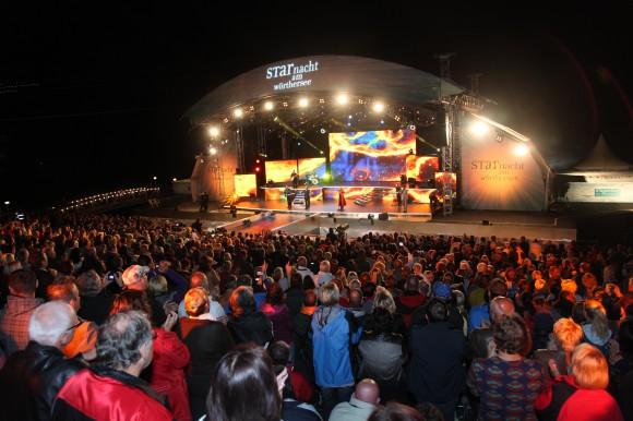 Zahlreiche Veranstaltungen wie zum Beispiel die Starnacht locken jedes Jahr tausende Besucher an den Wörthersee.