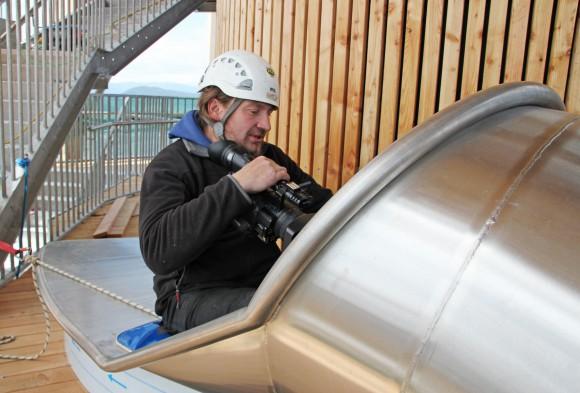 Steffen Walter macht für Kleine.TV den Rutschentest mit Kamera.