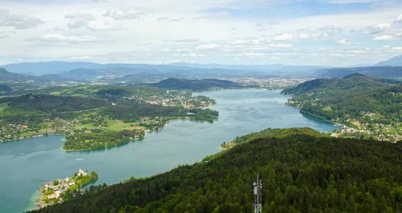 Blick vom Pyramidenkogel Richtung Klagenfurt. Foto: pixelpoint